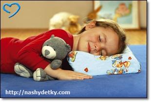 подушка для ребенка 2 лет